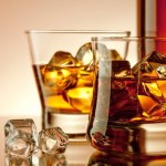 whiskey_glasses_with_ice_cubes-wide